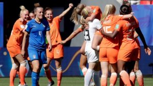 Netherlands beat Italy 2-0, through to Women's World Cup semifinals