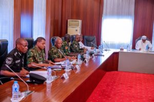 Buhari meets with Security Chiefs