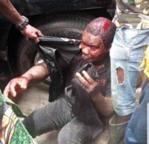 Mob kills policeman, injures two