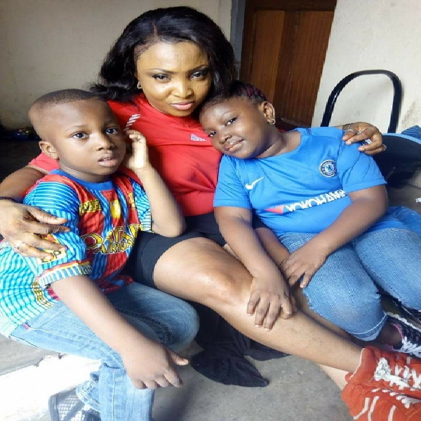 "Dr Andy ""TG"" Onyema's Wife, Nelly, lost Sister to a gas explosion accident in Owerri, Imo State – Two kids, 7 and 9 still in intensive Care. Disturbing Pictures!"